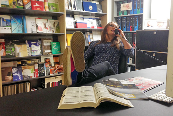 Luisa Peter als Boss von 4c media