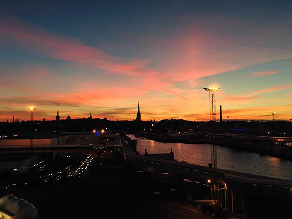 Sonnenuntergang über Tallinn Estland
